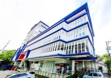 CELLA Uniセンター