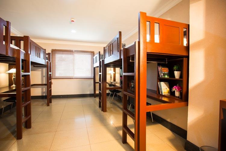 CPI(シーピーアイ)の4人部屋