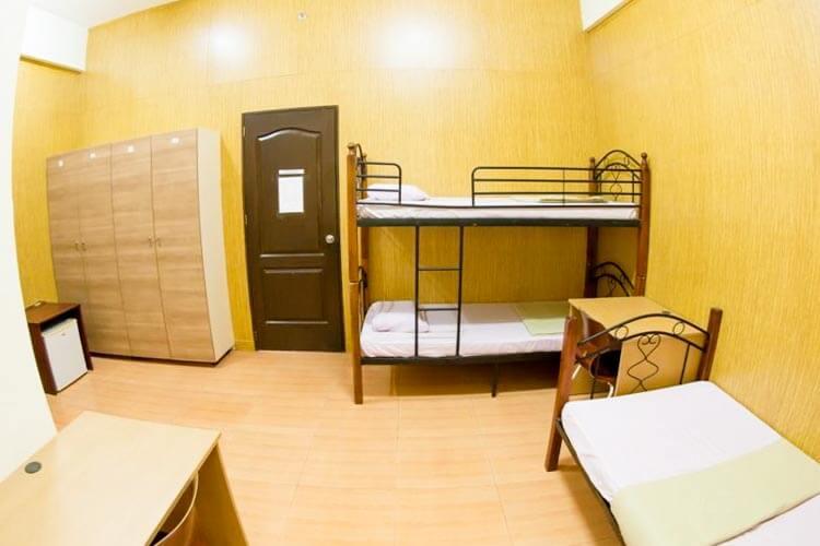 CDU ESLの3人部屋