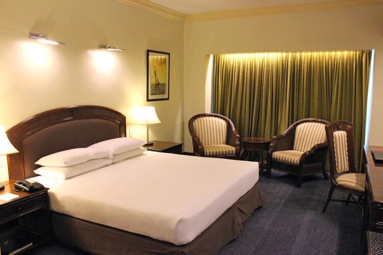 ウォーターフロントホテル