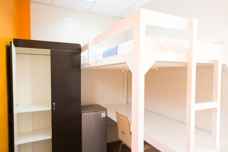 IDEA Academiaの1人部屋