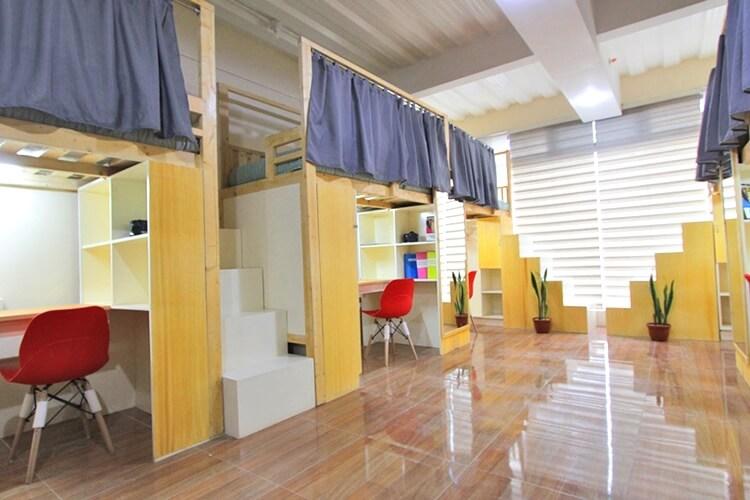 PINES メイン校の6人部屋