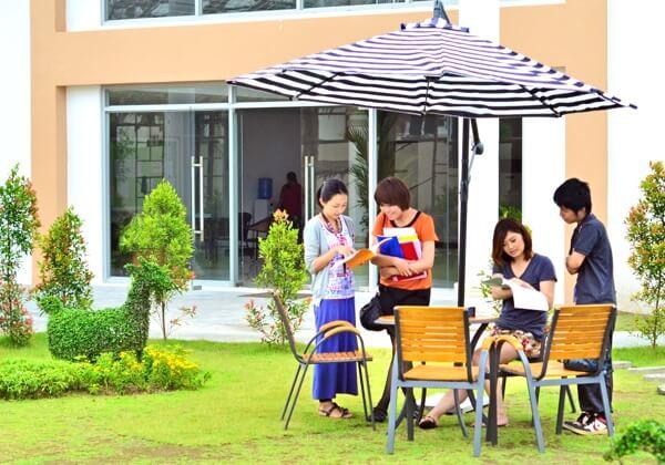 フィリピンのクラークにある学校写真