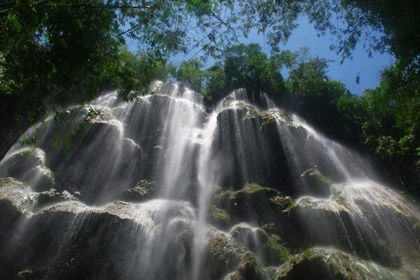 ツマログ滝