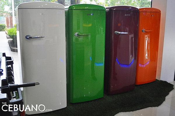 カラフルな冷蔵庫