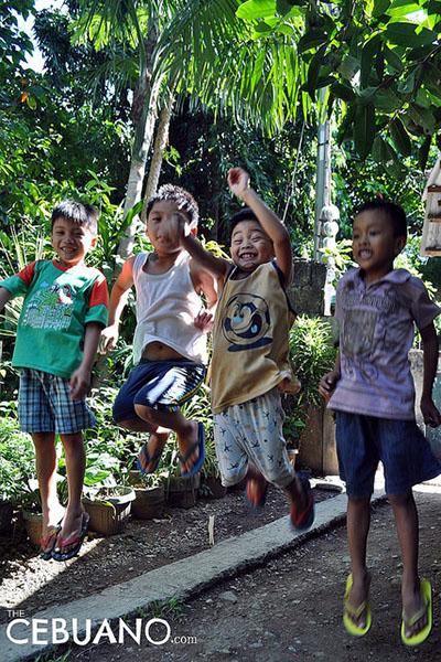 フィリピンの子供たちの写真