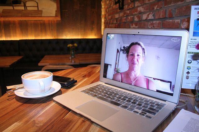 Skypeレッスンの風景