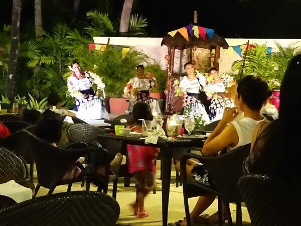 セブ島シャングリラのレストラン「Buko bar」
